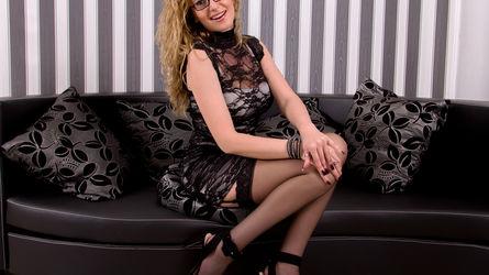 julyblondy   www.livesex.com   Livesex image7