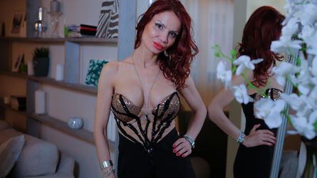 AliceHotSexx | www.funlivewebcams.com | Funlivewebcams image14
