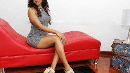 LailaSaffire | www.livesex.com | Livesex image2
