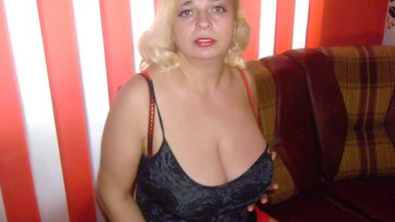MilfySophie | www.sexcam4chat.com | Sexcam4chat image22