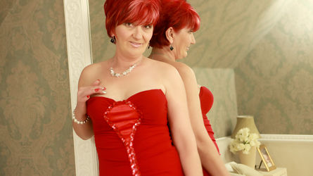RedheadAlana | www.overcum.me | Overcum image5