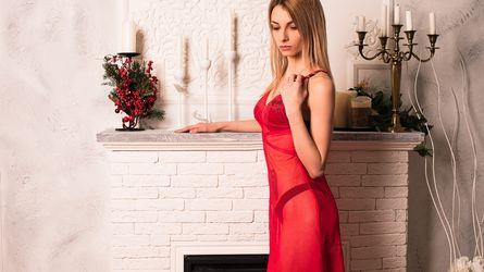 AnnaSlutty   www.livesexlivecams.com   Livesexlivecams image11