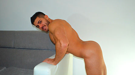 MuscularMaster | www.supergaycams.com | Supergaycams image2