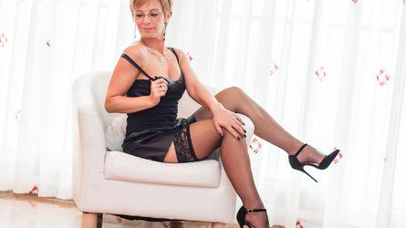 angelliqui | www.lsl.com | Lsl image24