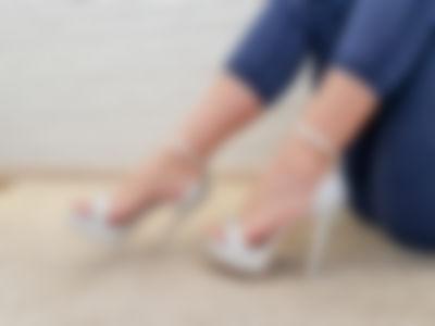 Feet, toes, soles )))